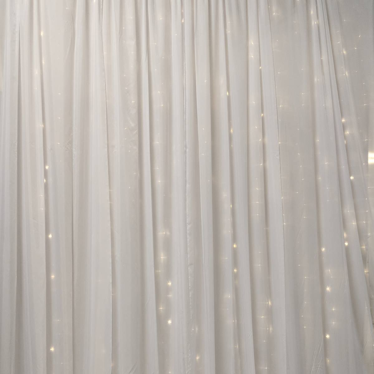 White Taffeta Dual Panel Backdrop