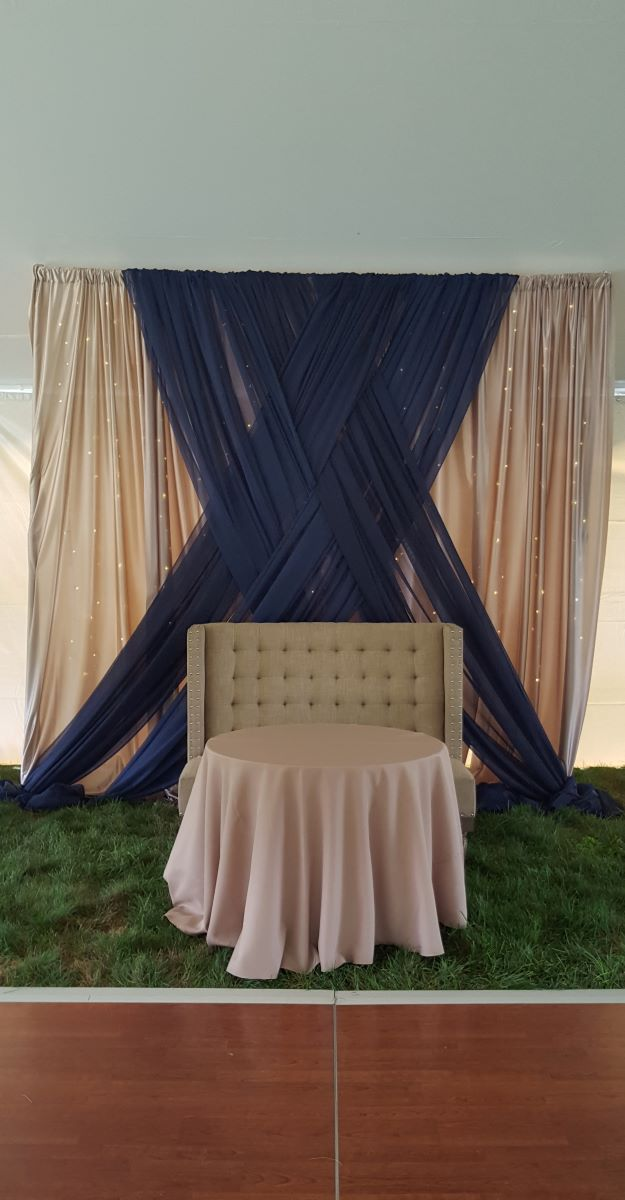 Polyknit Dove Backdrop With Sheer Navy Front Layer Basket Weave Tie With Mini Lights